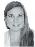 Karin Andersson - ägarinna till Karins Goa Händer på foto
